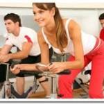 Trening umiarkowany i intensywny na rowerku treningowym